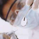 Presença de dentista em UTI pode reduzir em mais da metade infecções respiratórias