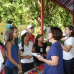 Alunos da rede básica de ensinono mundo da ciência na USP Ribeirão
