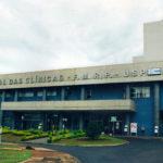 HC de Ribeirão tem dia de inclusão digital para pacientes da geriatria