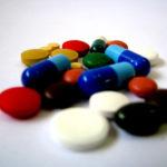Saúde sem Complicações fala sobre uso correto de medicamentos