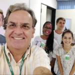 Adolescentes brasileiros assinam artigo da Frontiers