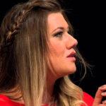 Soprano Lilian Giovanini realiza concerto na Tulha da USP