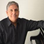 Fernando Corvisier realiza palestra recital na Tulha da USP